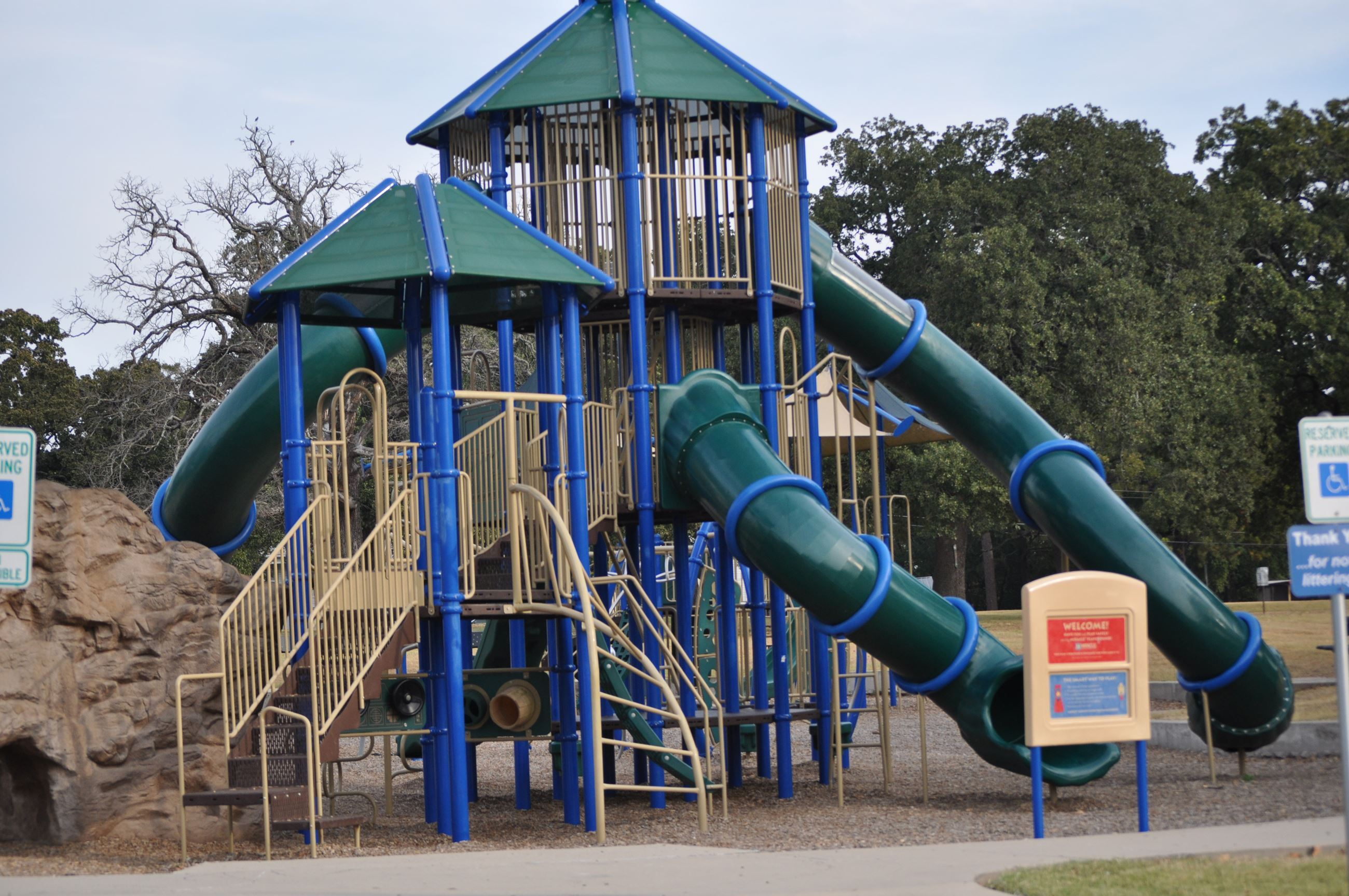 Jungle gym with slide